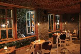 Sakleys The Mountain Cafe Gk Delhi Rustic Warm Restaurant Interiors India Winter