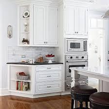 Upper Corner Kitchen Cabinet Ideas by Best 25 Corner Cabinet Kitchen Ideas On Pinterest Corner
