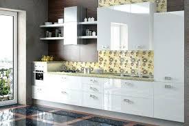 peindre meuble de cuisine meuble de cuisine blanc laque peinture laquee blanc pour meuble