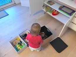 ordnung im wohnzimmer mit kindern mamaskind