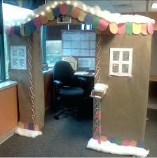 Cubicle Decoration Themes Green by 100 Christmas Cubicle Decorating Contest Rules Stunning 20