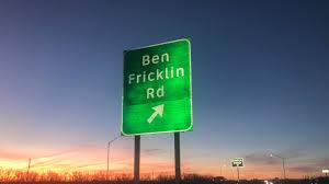 100 Angelos Landscape San Angelo Street Sign Misspelled Ben Fricklin Social Media Chuckles