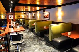 3 Benefits of Restaurant Tables and Booths
