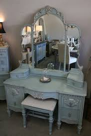 Waterfall Vanity Dresser Set by Best 25 Vintage Vanity Ideas On Pinterest Vanity Table Vintage
