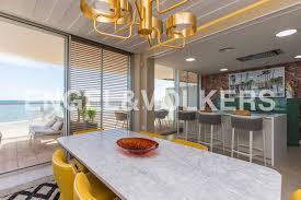 luxus penthouse direkt am strand