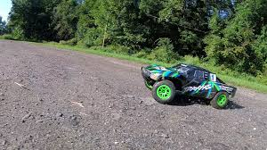 100 Slash Rc Truck Traxxas 4x4 Brushed Ready To Run RC Short Course Basher