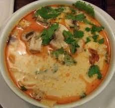 cuisine thailandaise recettes soupe de poulet à la thaï cuisine thailandaise des centaines de