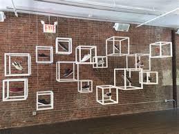 Good Retail Store Window Display Ideas 4 B639fee5b34b5e5a7a04c245085b2745