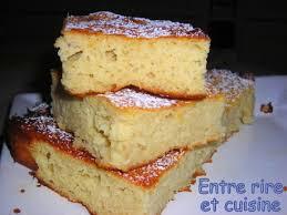 dessert a base de compote de pommes moelleux à la compote et à l amande entre rire et cuisine