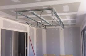 plafond a caisson suspendu plafond suspendu avec led menuiserie image et conseil