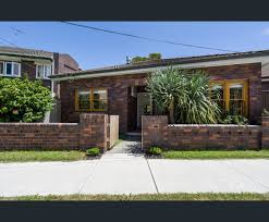100 Real Estate North Bondi Passed In At Auction 28 Feb 2019 29A Plowman St Read