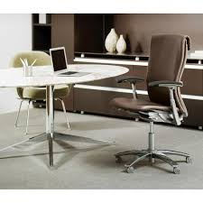 Florence Knoll Oval Table Desk in Calacatta Marble in Executive fice with Life Chair
