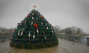 Decorative Lobster Trap Buoys by Lobster Pot Tree Gives Christmas A Cohasset Twist News The