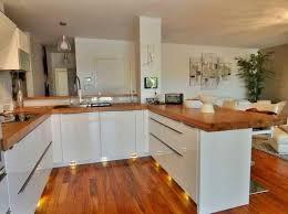 cuisine bois laqué cuisine blanc laque et bois modele de cuisine blanche stunning deco