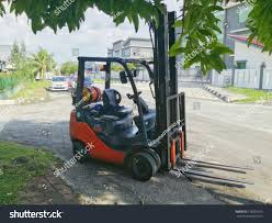100 Powered Industrial Truck Shah Alam Malaysia 12122017 Forklift Stock Photo Edit Now