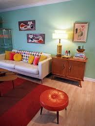 I Love The Colors Viviana Agostinhos Retro Apartment Makeover