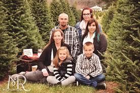 Elgin Il Christmas Tree Farm by 2014 Holiday Mini Sessions Christmas Tree Farm Mandy Ringe