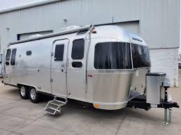 104 Airstream Flying Cloud For Sale Used 2020 26rb Twin Colton Rv In Ny Buffalo Rochester And Syracuse Ny Rv Dealer Fifth Wheel Campers And Class A Motorhomes In Ny