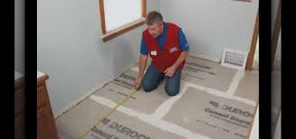 Tiling A Bathroom Floor Over Linoleum by How To Install A Ceramic Or Porcelain Tile Floor With Lowe U0027s