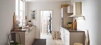 landhaus küche in sandbeige seidenmatt küche amsterdam