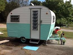 1965 Arrow Little Chief Love The Louvered Windows On Door Retro CampersVintage CampersHappy CaravansCustom TrailersCamper