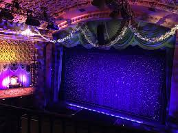 J Queen New York Paramount Curtains by Movie Review Event Beauty And The Beast At El Capitan