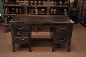bureau industriel metal bureau industriel bureau industriel en bois et fer avec 3 tiroirs