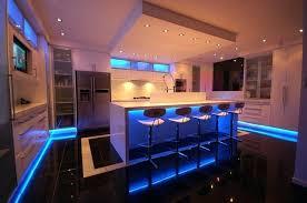 eclairage cuisine plafond spot eclairage cuisine amazing spot sur rail u ides pour un