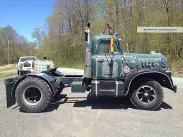100 Diamond T Trucks 1956 662