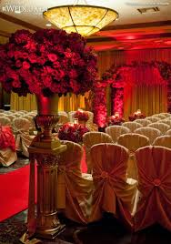 Red And Gold For Their Indian Weddings It Is Really Making A Comeback Especially Since The Last Few Years Brides Were Moving Away From These