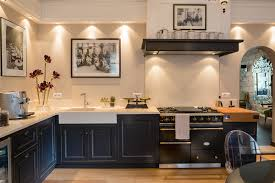 parquet de cuisine aménagement cuisine noir parquet