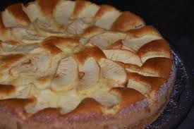 mascarpone recette dessert rapide gâteau mascarpone et pommes maman ça déborde