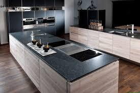 schwarze arbeitsplatte küchearbeitsplatte schwarz dunkle