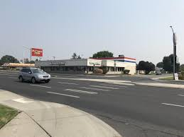 Woman Hit By Pickup While Crossing Division Crosswalk In North ... Home Simon Rentals 2005 Intertional 7500 Spokane Wa 5003010433 Budget Truck Rental 2704 N Moore Ln Valley 99216 Ypcom Man Sleeping In Dumpster Injured When Dumped Into Recycling Truck 6 Tap 30 Keg Refrigerated Draft Beer Ccession Trailer For Rent Rental Market At Nearhistoric Low Vacancy Rate Kxly With Unlimited Miles 2010 7400 5002188983 Uhaul 2011 Hino 268 122175887 Cmialucktradercom 5th Wheel Fifth Hitch Car Cheap Rates Enterprise Rentacar