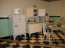 Fantastisch 1940 Kitchen Appliances 1940s 02