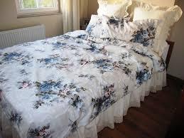 Tiffany Blue Bedroom Ideas by A Feminine Look From Tiffany Blue Bedroom All Home Decorations