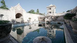 This 1758 AD Water Castle Was Used For Religious Practices As Well A Recreation And Bathing Place The Then Sultan Of Yogyakarta