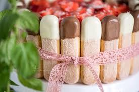sommerliche erdbeer tiramisu torte rezepte für familien
