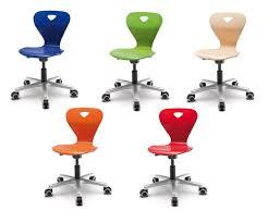 chaise de bureau enfant choisir une chaise de bureau pour enfant nos conseils