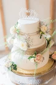 Hessian Burlap Lace Cake Flowers Modern Rustic Ivory Barn Wedding Vickylamburn
