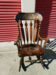 Minimalist Concept Windsor Rocking Chair – Powerfulpizza.club