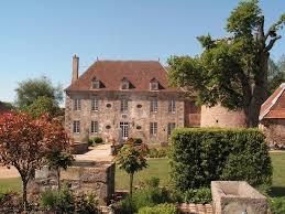 chambre d hote montmarault chambres d hotes montmarault chateau de sallebrune