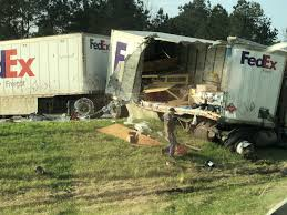 100 Fedex Truck Wreck Fed Ex Spill Causes Big Delays On I10 By LATX State Line