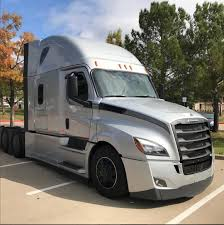 Truckers Photos - Visiteiffel.com
