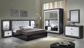 armoire chambre blanche chambre strass but beautiful armoire chambre blanche armoire