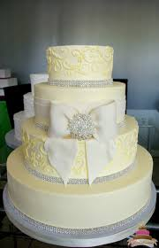 1149 Fondant Bow And Bling Wedding Cake