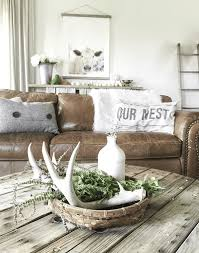 Brown Couch Decor Living Room by 23 Diy Decoration Ideas Using Antler Choice Is Endless Diy