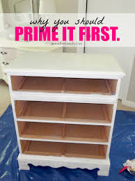 Plastic Dressers At Walmart by Livelovediy How To Paint Laminate Furniture In 3 Easy Steps