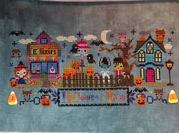The Frosted Pumpkin Stitchery Facebook by Melanie The Wip Slayer And Another Halloween Finish And A