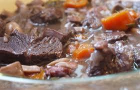 cuisiner du boeuf cuisiner boeuf 100 images boeuf bourguignon à la mijoteuse